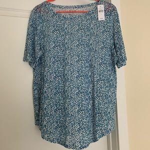 **NWT** Ann Taylor Loft linen T-shirt. Size Large